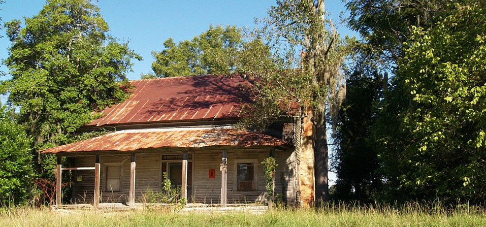 Rusting cabin, Allendale County, S.C.